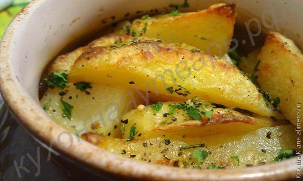 Рецепт картофель с мясом в горшочке фото